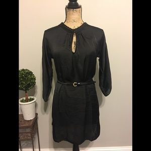 BCBCMaxazria belted tunic
